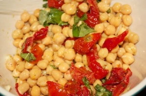 Al Dente On The Side: Chickpea and roasted tomato salad