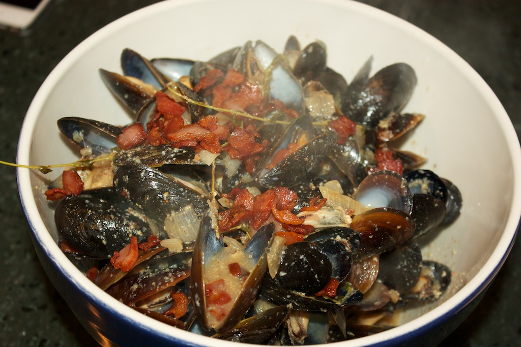 Saturday dinner part one: Beer mussels (plus marital advice)