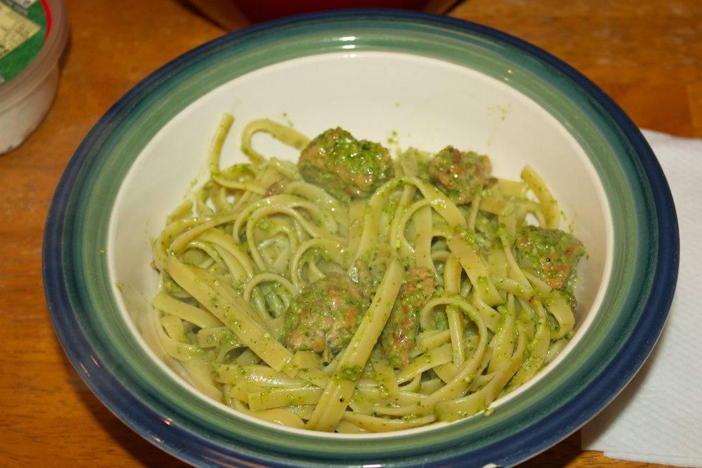 Wednesday dinner: Pasta with sausage and rappi pesto
