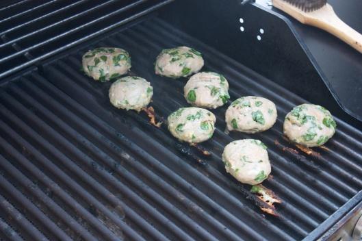 Last Week Dinner: Turkey-Spinach Sliders
